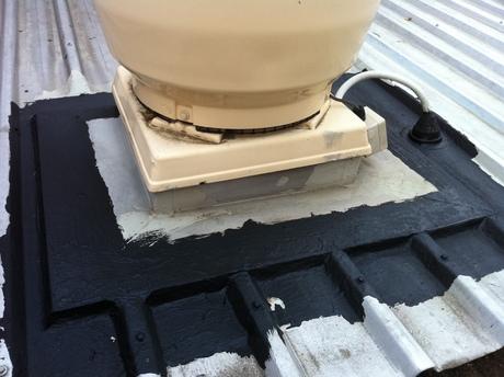 Fix Roof Amp Gutter Water Leaks Diy Waterproofing